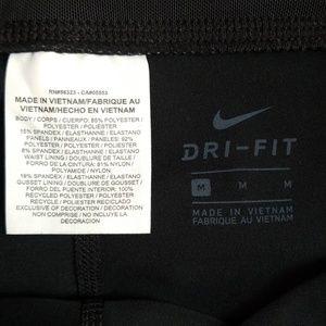 Nike Pants - NWT Black Nike Racer Crop Mesh Sculp Leggings M